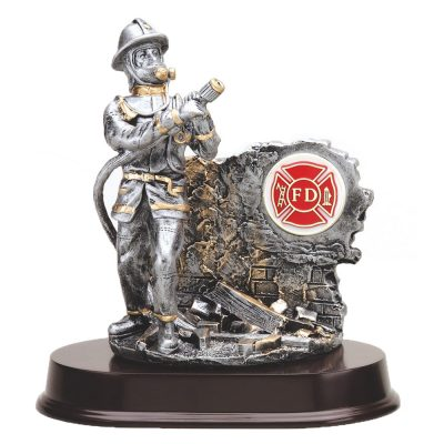 Firefighter Statue with Maltese Medallion RF981SG